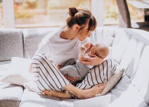 Píldora: Primeros cuidados del bebé y la mamá